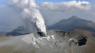 Έντονη ανησυχία για το ηφαίστειο στην Ιαπωνία που... ξύπνησε (pics&vids)