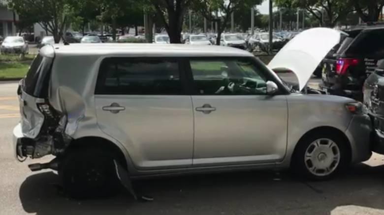 Φλόριντα: Άνδρας επιχείρησε να «πετάξει» με το αυτοκίνητό του πάνω από κανάλι