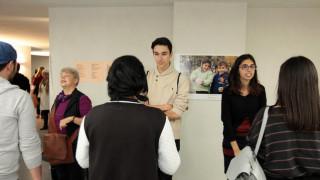 Οι Βούλγαροι γνωρίζουν τους μετανάστες μέσω «speed dating» (pics)