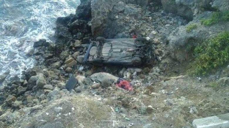 Βουτιά θανάτου σε γκρεμό 230 μέτρων για 42χρονη στη Φωκίδα