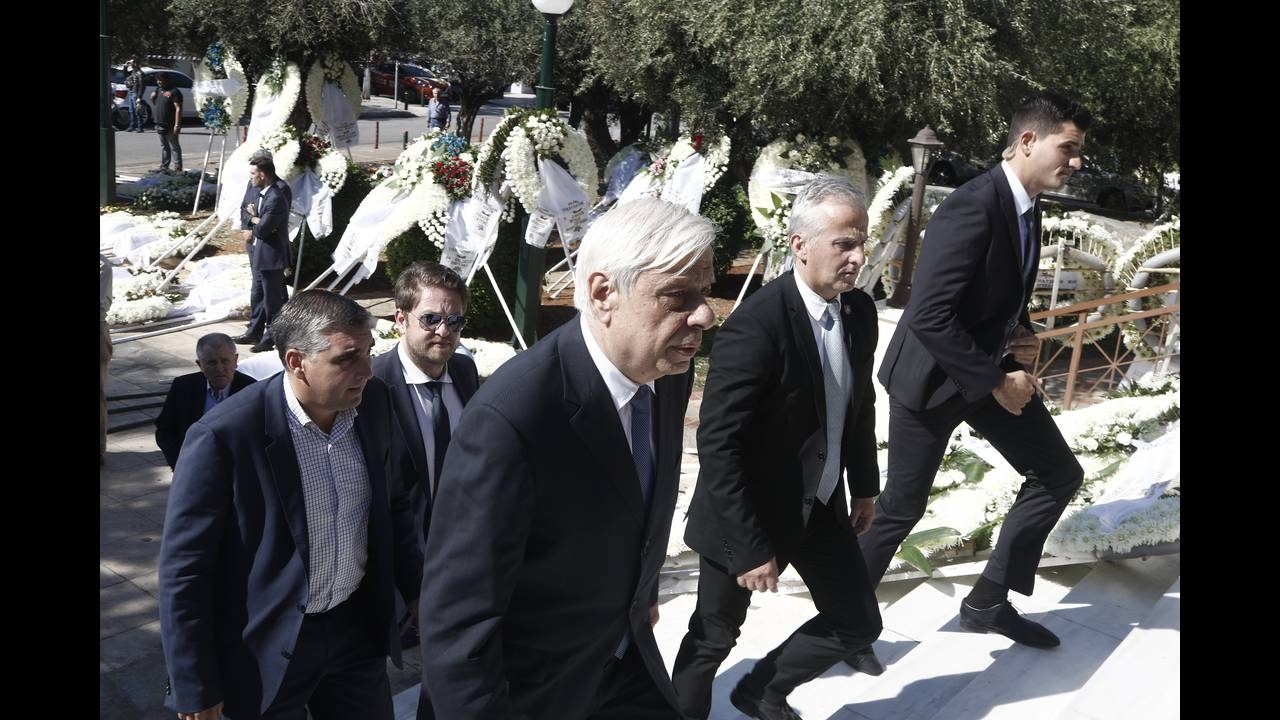 https://cdn.cnngreece.gr/media/news/2017/10/14/101632/photos/snapshot/khdeia-8.jpg