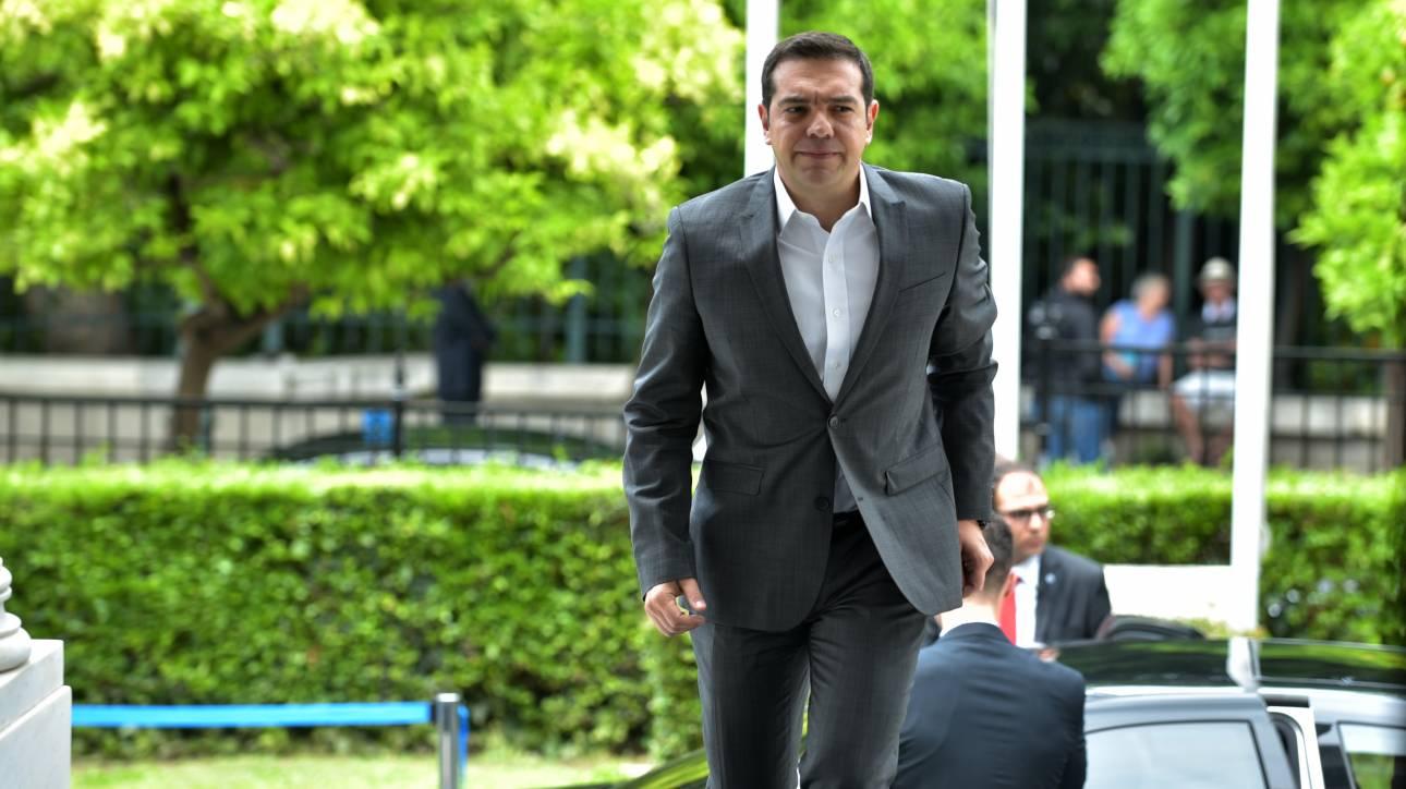«Σαφάρι» Τσίπρα στις ΗΠΑ για επενδύσεις χωρίς τους αρμόδιους υπουργούς