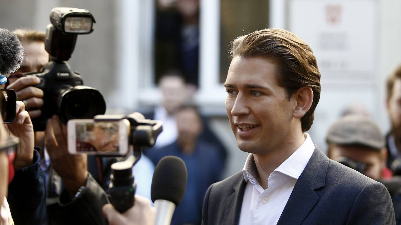 Εκλογές Αυστρία: Νίκη Κουρτς-Τρομάζει η άνοδος της ακροδεξιάς