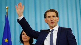 Πώς σχολιάζει ο διεθνής Τύπος τη νίκη του Σεμπάστιαν Κουρτς στις αυστριακές εκλογές