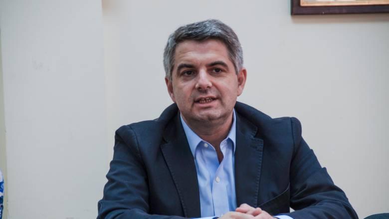 Αποσύρει την υποψηφιότητά του για την ηγεσία της Κεντροαριστεράς ο Κωνσταντινόπουλος