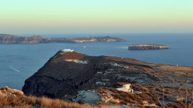 Κοίμηση Θηρασίας: Νέος προϊστορικός οικισμός ήρθε να ρίξει φώς στο σύμπλεγμα Θήρας-Θηρασίας