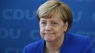 Μέρκελ: Τα αποτελέσματα στην Κάτω Σαξονία δεν μας αποδυναμώνουν