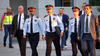 Ισπανία: Ελεύθερος υπό περιοριστικούς όρους ο διοικητής της καταλανικής αστυνομίας