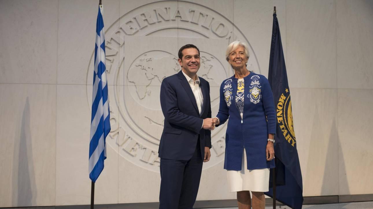Σε ελάφρυνση χρέους και αξιολόγηση express συμφώνησαν Τσίπρας – Λαγκάρντ