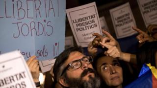 Καταλονία: Μαζικές διαδηλώσεις ως αντίδραση για την σύλληψη δύο αυτονομιστών