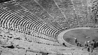 Νέα έρευνα λύνει το μυστήριο γύρω από την ακουστική του Αρχαίου θεάτρου της Επιδαύρου