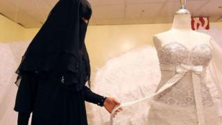 Η διαδικτυακή ζωή μιας νύφης του ISIS: Συνταγές μαγειρικής, κηρύγματα και… πορνό