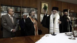 Ιερώνυμος: Η θέση της Εκκλησίας είναι σταθερή, ουσιαστική και δεν δέχεται αλλαγές