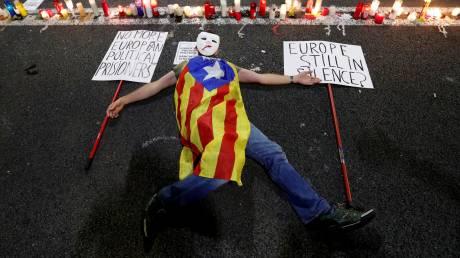 Καταλονία: Μεγάλη διαδήλωση υπέρ της αποφυλάκισης ηγετών του αυτονομιστικού κινήματος