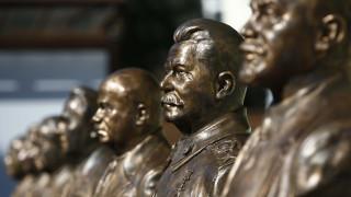 Οι Ρώσοι δεν αστειεύονται με τον… Θάνατο του Στάλιν