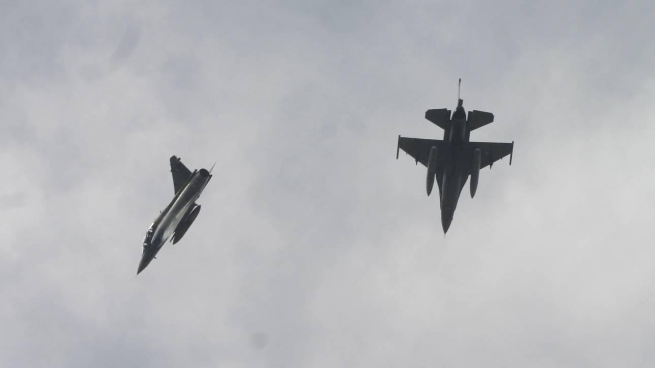 ΠΑΣΟΚ για τα F-16: Ο Πάνος Καμμένος «θολώνει τα νερά»