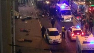 Ουκρανία: Όχημα έπεσε πάνω σε πεζούς - Νεκροί και τραυματίες (pics&vid)