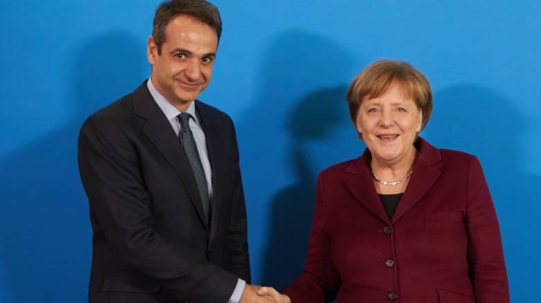 Πρώτη συνάντηση Μητσοτάκη-Μέρκελ στις Βρυξέλλες μετά τις γερμανικές εκλογές