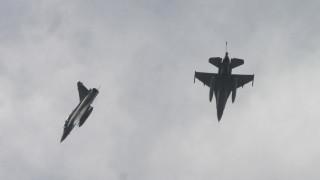 Τι αναφέρει το ΓΕΕΘΑ για την αναβάθμιση των ελληνικών μαχητικών F-16