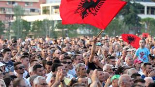 Αλβανία: Ραγδαίες οι εξελίξεις μετά το σκάνδαλο για ανάμειξη πολιτικών σε κύκλωμα ναρκωτικών