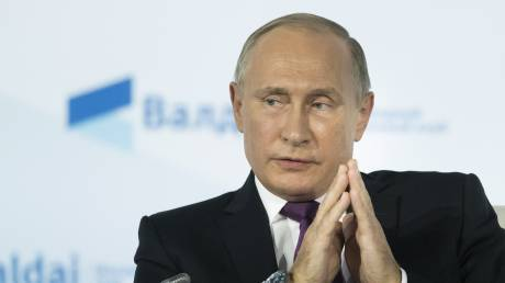 Πούτιν: Κινητήριος δύναμη της παγκόσμιας οικονομίας η Κίνα, έχουμε μεγάλα σχέδια συνεργασίας