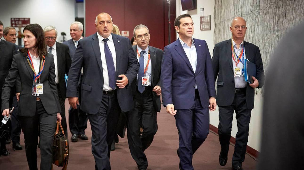 Το «ζντο» του Τσίπρα με Γιούνκερ και Μπορίσοφ  στις Βρυξέλλες (pic)