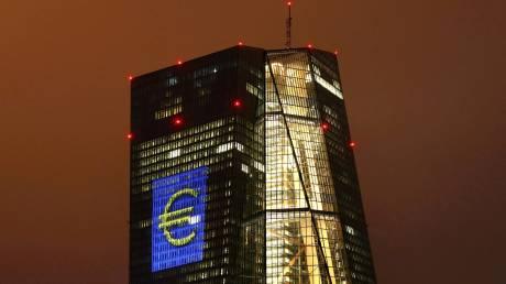 Reuters: Υπό πίεση η ΕΚΤ για τα «κόκκινα δάνεια»