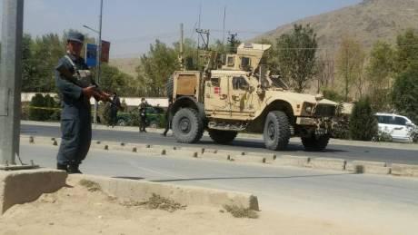 Το Ισλαμικό Κράτος ανέλαβε την ευθύνη για την επίθεση σε τέμενος στην Καμπούλ