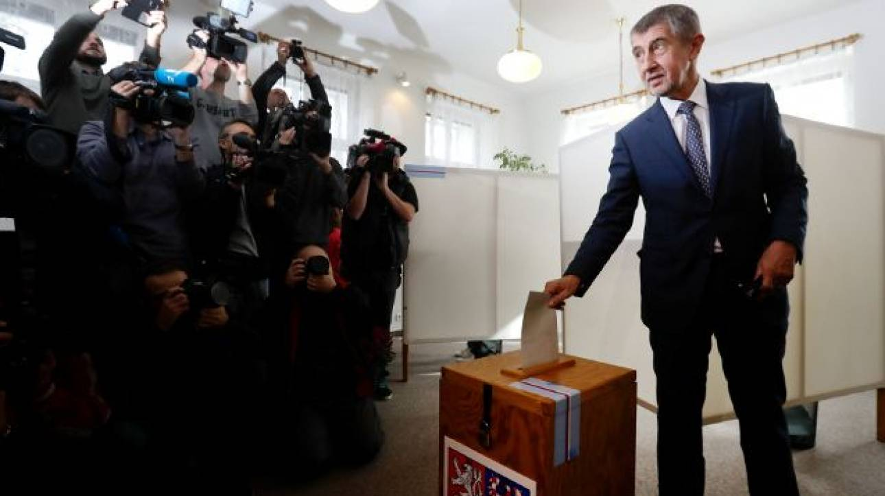 Τσεχία εκλογές: Το κόμμα του Μπάμπις προηγείται με μεγάλη διαφορά
