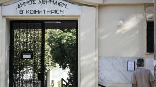 Πατέρας 32χρονης: Την ώρα της δολοφονίας περνούσα τυχαία έξω από το νεκροταφείο