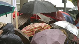 Καιρός: Βροχές και καταιγίδες τη Δευτέρα