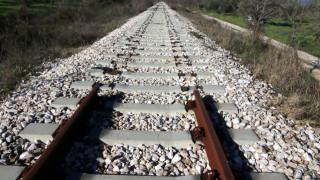 Τραγωδία στη Λάρισα: «Έφυγε» ο 15χρονος που χτυπήθηκε από ρεύμα στις γραμμές του τρένου