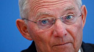 Αποκαλύψεις Σόιμπλε: Δεν είπαμε εμείς στην Ελλάδα να κόψει συντάξεις - «Καρφιά» για Βαρουφάκη