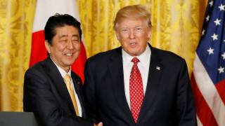 Τραμπ - Άμπε συμφώνησαν για κλιμάκωση της πίεσης στη Βόρεια Κορέα