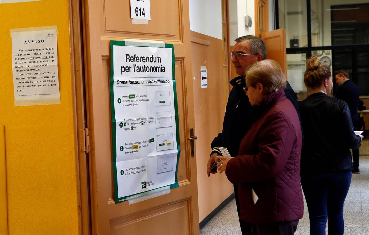 2017 10 22T141754Z 1585053141 RC1BEED13FE0 RTRMADP 3 ITALY POLITICS REFERENDUM
