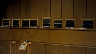 Ανάκληση των μειώσεων στις συντάξεις τους ζητούν οι δικαστές