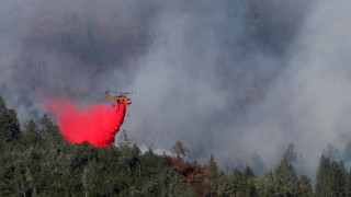 Συνεχίζεται για δεύτερη εβδομάδα η μάχη με τις φλόγες στην Καλιφόρνια