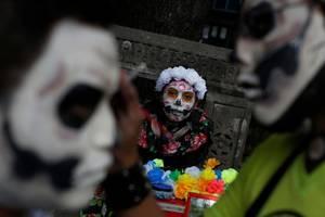 Το Μεξικό γιορτάζει τους νεκρούς του