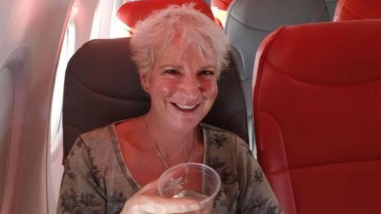 Συγγραφέας από τη Σκωτία ταξίδεψε στην Κρήτη με 46 λίρες με μία πτήση... όλη δική της