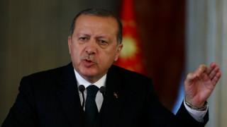 Τουρκία: Εκκαθαρίσεις και στο κόμμα του Ερντογάν