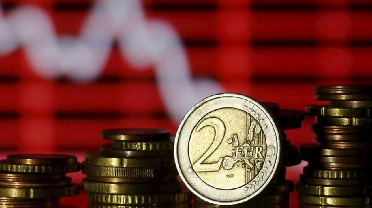 Προϋπολογισμός: Πλεόνασμα 4,543 δισ. ευρώ παρά την «τρύπα» στο φόρο εισοδήματος
