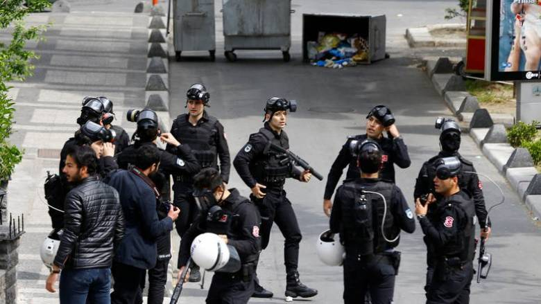 Τουρκία: Επιδρομές για τη σύλληψη 121 πρώην εργαζομένων στο υπουργείο Εξωτερικών