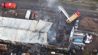 Ινδονησία: Έκρηξη σε εργοστάσιο πυροτεχνημάτων - Δεκάδες νεκροί και τραυματίες (pics)
