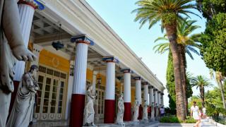 28η Οκτωβρίου: Ακόμη «ανοιχτές» οι πληγές της Κέρκυρας από τον βομβαρδισμό του '40