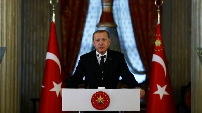 Επίσκεψη Ερντογάν στην Αθήνα ανακοίνωσε ο Νίκος Κοτζιάς