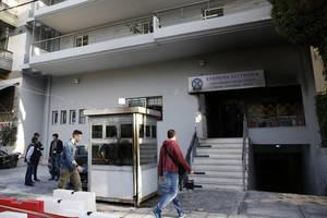 Επίθεση με μολότοφ στο Α.Τ Πεύκης