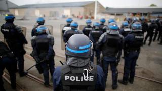 Γαλλία: Πυρπόλησαν οχήματα σε συγκρότημα κατοικιών όπου ζουν οικογένειες αστυνομικών