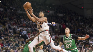 NBA: Οι Σέλτικς «χάλασαν» το πάρτυ των Μπακς και το ρεκόρ του Αντετοκούνμπο (vid)