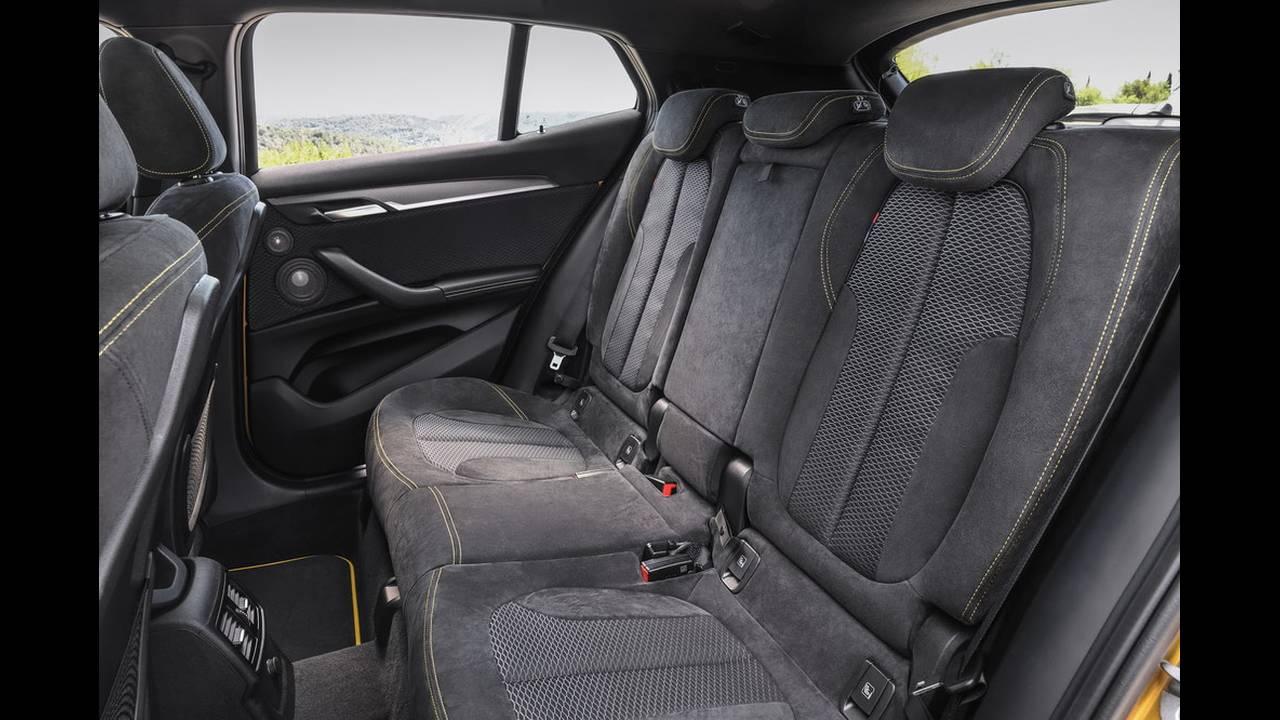 https://cdn.cnngreece.gr/media/news/2017/10/27/103294/photos/snapshot/BMW-X2-3.jpg