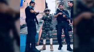 Μαντόνα: Φωτογραφίζεται στις ματωμένες φαβέλες του Ρίο και εξοργίζει
